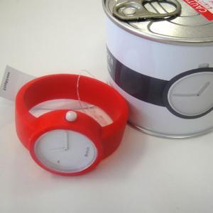 オクロック トラフィックレッド O clock  オ  クロック カラーシリコンウォッチ  made in ITALY  缶詰に入ったおしゃれウオッチ 最新シリコンウオッチ|yosii-bungu