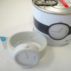 オクロック シグナルホワイト O clock  オ  クロック カラーシリコンウォッチ  made in ITALY 缶詰に入ったおしゃれウオッチ  |yosii-bungu