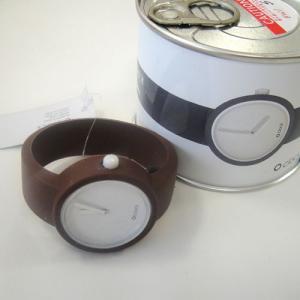 オクロック チョコレート O clock  オ  クロック カラーシリコンウォッチ  made in ITALY  缶詰に入ったおしゃれウオッチ 最新シリコンウオッチ|yosii-bungu