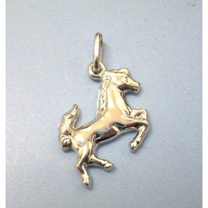 イタリア ブランド Jewelry ウノアエレ K18ホワイトゴールド  ホースモチーフチャームトップ (交通の守護神)|yosii-bungu