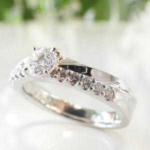 サンクスデイズ・プラチナ リング ( Pt950) 二人の記念日に永遠の感謝をプラチナに刻んで (ダイヤモンド中石0.342ct、脇石0.14ct )|yosii-bungu