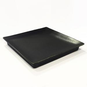 日本製の平皿 トウジキトンヤ SHIKAKU錆黒7寸角皿 youngole-2