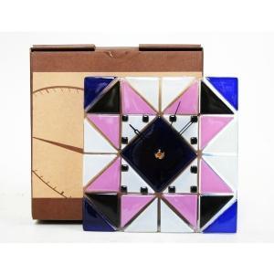 カチカチ音のしない連続秒針!ステンド風のガラス製壁掛時計です♪ステンド風壁掛け時計(中) インテリア おしゃれ|your-shop