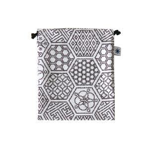 巾着中(亀甲つなぎ柄)日本製 綿100% ジャカード織 米沢織 米織 小紋柄 和柄 お化粧ポーチ 小物入れ デジカメ 音楽プレイヤー 充電器 幾何学|yozando-y