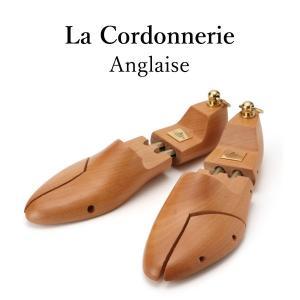 -特長- ●名だたる高級メーカーの木型制作で培った技術と生産力により、   様々な靴にフィットするフ...