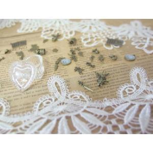 ケミカルレース アンティーク風(全長約3m 約16.5cm幅)あなたの洋服をもっとかわいらしく  手芸 編み 生地|ysayakobo