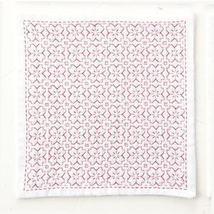 キット「HK-5桜の花」抗菌・防臭・帯電防止の3重ガーゼ「刺し子のハンカチiine」オリムパス (メール便可/お取り寄せ)|yucasiho