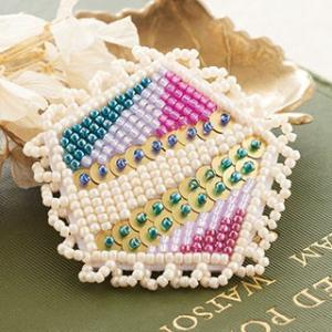 TOHOビーズ刺繍のアクセサリーキット「MAISON DE BRODERIE」メゾン ド ブロドゥリ MDB-2 SUN brooch  (メール便可・取り寄せ商品)|yucasiho