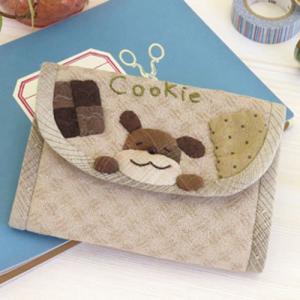 三上奈津子のアニマルスウィーツ「PA-736 クッキー大好きわんこのカードケース」オリムパス手作りキット (メール便可/お取り寄せ)|yucasiho