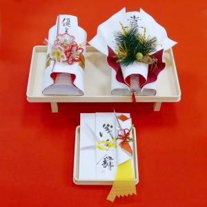 yuinou302 結納品の結納セット 三品目 結納金と指輪と長熨斗のご結納品(目録と毛氈付き) yuinou-mizuhiki