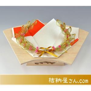 出雲スタイル3指輪・記念品用飾り台 (白木高級扇面台)|yuinouyasan