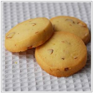 焼菓子:アーモンドクッキー|yukiusagi