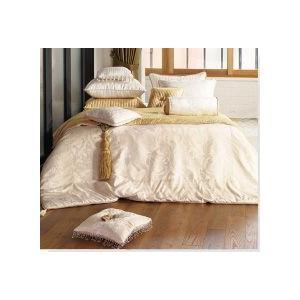 ■ゴージャスでおしゃれなヨーロピアン調のアイボリー寝具カバーセット ■ご愛用のベッドや布団に合わせて...