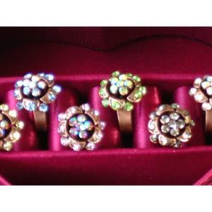 【フリーサイズ】ラインストーンいっぱい花の指輪 メール便 送料無料 yumekairo