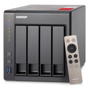 QNAP(キューナップ) TS-451+ 専用OS QTS搭載 intelクアッドコア2.0GHz CPU 2GBメモリ 4ベイ ホーム/SOHO向け プライベートクラウド機能対応 NAS 2年保証|yumemirai-store