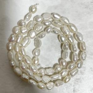 SALE 淡水パール 連 バロック ライス 小粒 40cm パーツ 素材 真珠 ホワイト系|yusa-jewelry