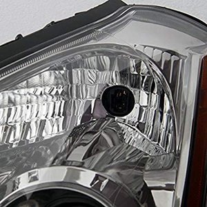This is a 100% brand new pair of Headlights Replac...