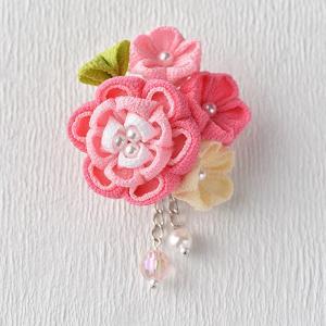 タカギ 彩花ブローチ ピンク色 LH-413 [アクセサリー ブローチ 京ちりめん つまみ細工 和手芸 和調手芸]|yuzawaya