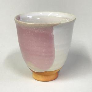 萩焼湯呑 茶彩「白萩桜彩」 ピンク 大和猛作|ywebg