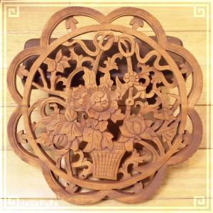 木彫り彫刻 クスノキ 彫刻板  L16 花枠花籠B 天然木 楠木 樟 手彫り 現品お届け|zakka-hanakura