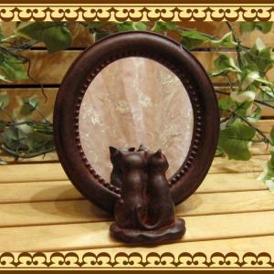 猫雑貨 二匹のネコちゃんが、ちょこんと寄り添って鏡を覗いてます♪ ねこモチーフの鏡 ダブルキャットミラー |zakkakirara