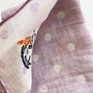 【にっぽん小物】刺繍ハンカチ・うさぎ親子|zakkaswitch|02