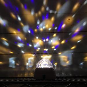 トゥインクルクリスタルボール ホワイト ミラーボール イルミネーション ライト パーティーライト 回転 ディスコ ライト 照明