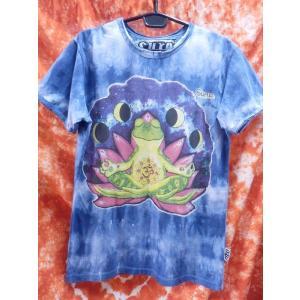 メンズTシャツ/カエル 蛙 かえる ヨガ yoga ブルー系 メンズM エスニック アジアン フェス sure|zakkayakaeru