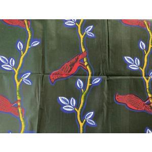 アフリカンプリント 生地 アフリカ布013 鳥 大柄  黒板カラー 幅117 長さ90 手作り ハンドメイド zakkayakaeru