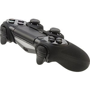 PS4用コントローラーをキズや汚れからしっかり守るシリコンカバー 厚みのあるシリコン素材に細かいシボ...