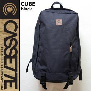 CASSETTE:シンプルなバックパック [CUBE - BLACK] 25L/サングラス&PCポケット付き|zenithgaragesurfplus
