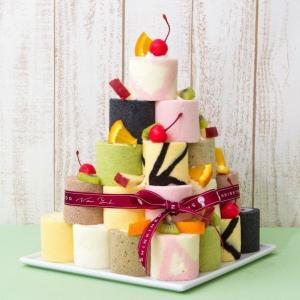 お子様やお友達と一緒に組み立てて楽しめるロールケーキ。 お好みでフルーツやクリームをトッピングしたり...