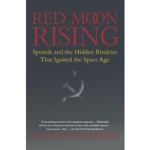 Red Moon Rising: Sputnik and the Hidden Rivalries that Ignited the Space Age 新品 洋書|zeropartner