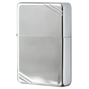 創業当時のZIPPOのケースはブラスの角材を輪切りにし、溶接でヒンジを付けた物でした。それは余りにも...