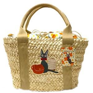 メイズ(コーン皮)を丁寧に編み上げ、 刺繍ワッペンも手縫いで縫い付けています。 シンプルなカゴバッグ...
