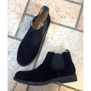 ブーツ 履いた時のシルエットがきれいなサイドゴアブーツ