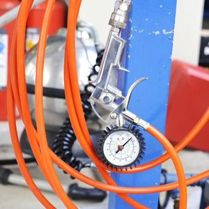 タイヤエアーゲージ エアゲージ 空気圧チェック 3ファンクション自転車 増減圧 エアーチェック 車整備 家庭用 業務用|zumi