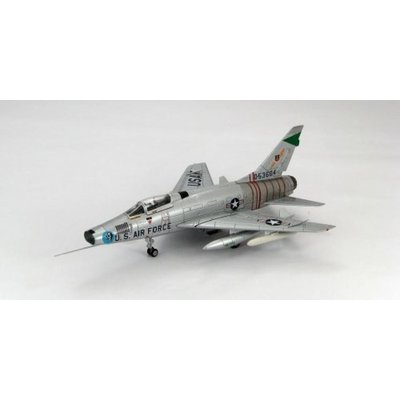 "F-100D スーパーセーバー ""ハロルド E・カムストック (1/72スケール ジェット機 HA2101)の商品画像"