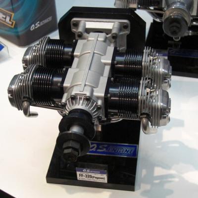 エンジン FF-320 (Pegasus) 水平対向4気筒 大型スケール機用 36410の商品画像