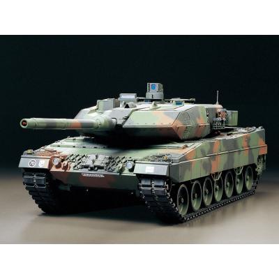 1/16RC ドイツ連邦軍主力戦車 レオパルト2 A6 フルオペレーションセット (4ch 送信機付き) 56019の商品画像