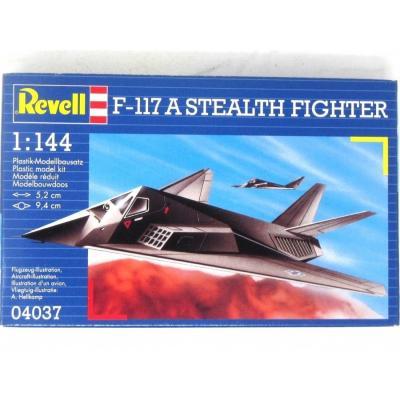 F-117A ステルス ファイター (1/144スケール 04037)の商品画像