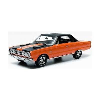 Joe Dirt (2001) - 1967 Plymouth Belvedere GTX Convertible (Top Up) (1/18スケール ArtisanCollectionSeries 19006)の商品画像