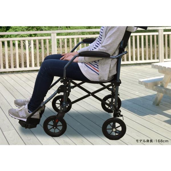 歩行器 高齢者用 4輪歩行補助具 シルバー用品 歩行器 すすむくん 1128 04