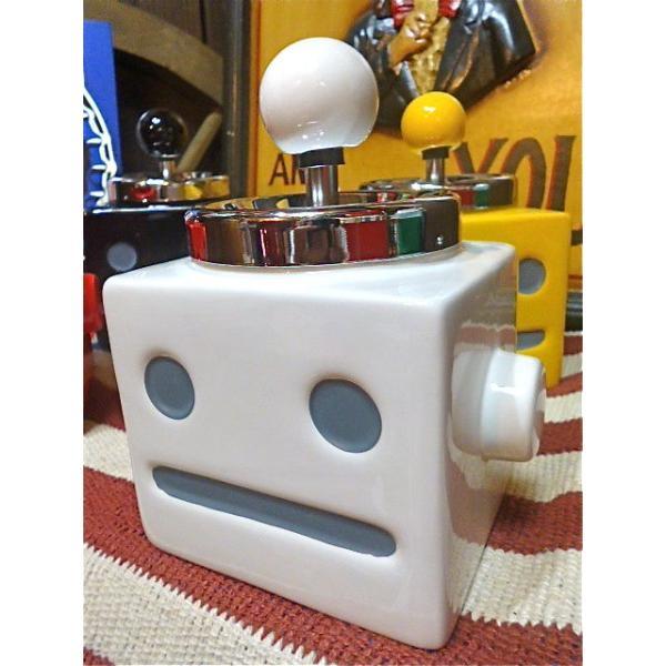 おもしろ ユニーク グッズ ロボタン灰皿 アッシュトレイ WHITE-AR0015