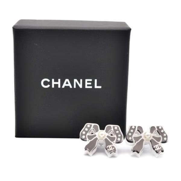 美品 CHANEL シャネル ピアス リボン 18P ブラック ホワイト プラスチック アクセサリー【本物保証】