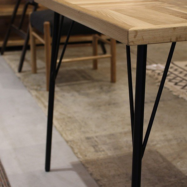 『受注生産』ラムス カフェテーブル 800 RAMS cafe table 800 ナチュラルで表情豊かなテーブル a-depeche 07