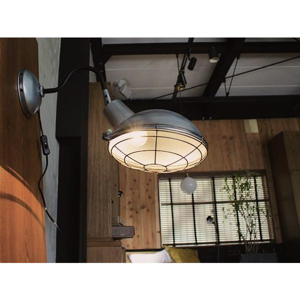 ジェイル ウォールランプ 丸みを帯びたフォルムが印象的な壁面設置型ランプ a-depeche