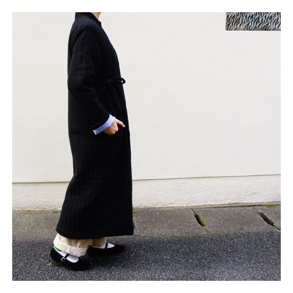 Topanga Fashion ストライプキルトロングコート ブラック|abracadabra|02