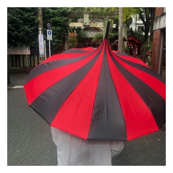 TOPANGA FASHION ストライプサーカステントパゴダ雨傘 ブラック×レッド