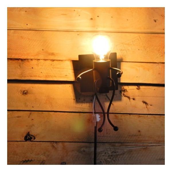 TOPANGA LIGHTING  ヒューマンブラケットランプ ハッピー